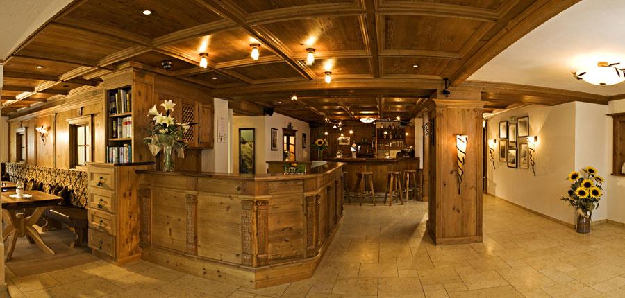 Hotel Jägerhof, Ischgl, Austria - lobby & bar area.jpg